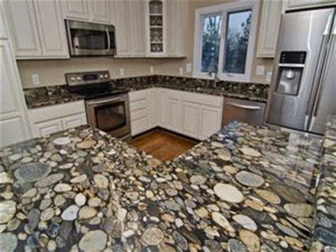 Rock Countertops by 1000 Ideas About River Rock Bathroom On
