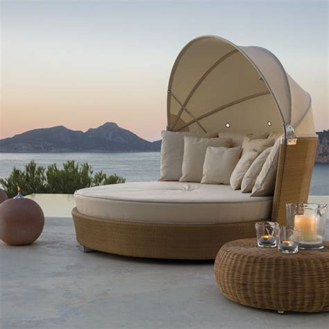 Outdoor Wicker Daybed Point Modern Wicker Outdoor Daybed Homeinfatuation