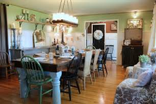 Decorating Ideas For Dining Room Tables Terrific Farmhouse Dining Table Decorating Ideas Images In Dining Room Farmhouse Design Ideas