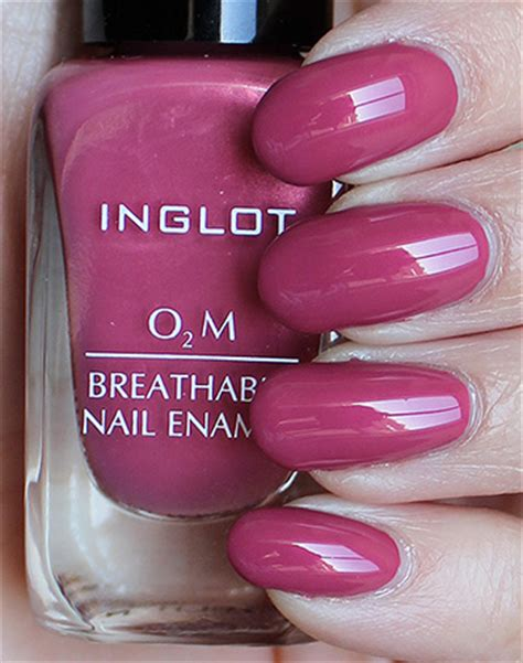 Inglot Halal O2m 681 inglot o2m breathable nail enamel 682 swatches review