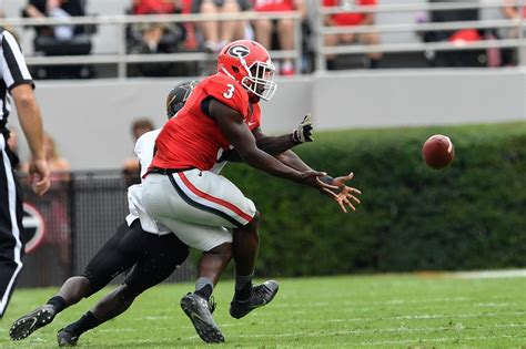 bulldogs dodge a bullet with roquan smith natrez