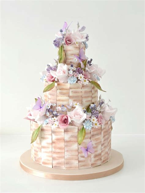 Cake Decorating Classes & Bespoke Wedding Cakes   The