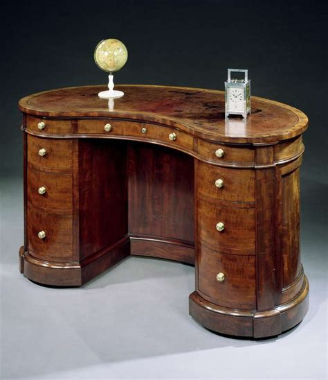A Victorian Mahogany Kidney Shaped Desk By Gillows Of Kidney Shaped Desks