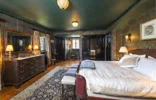 Farnham Bathroom 163 8million Milhanger Mansion Once Home Of Queen S Drummer