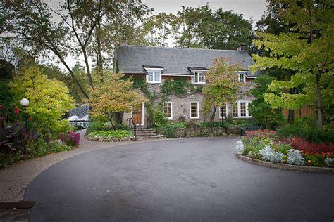 intimate wedding venues canada small and intimate wedding venue located in ancaster ontario canada ancaster mill
