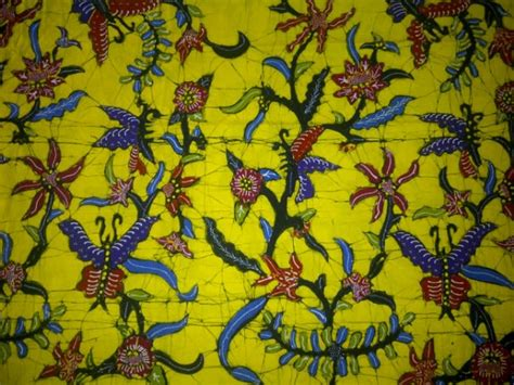 Kain Batik Kupu Kupu Mavee Batik produk cv batik indonesia
