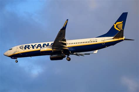 ryanair starts selling flights to the us and south america