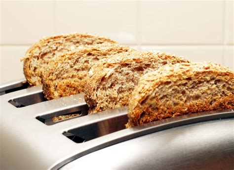 Can You Toast Bread In A Toaster Oven best toaster buying guide consumer reports
