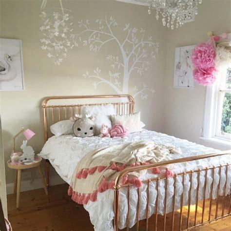 gambar wallpaper untuk anak perempuan 45 dekorasi kamar anak perempuan minimalis lagi ngetrend