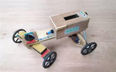 box cart arduino 187 wood lizzie is a diy soap box cart