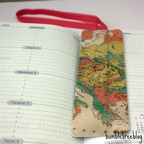 How To Make A Bookmark Out Of Paper For - 25 different ways to make and create your own bookmarks