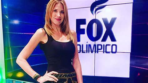 2016 olympics malfunctions watch fox sports reporter alina moine has wardrobe