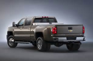 2015 chevrolet silverado 3500hd rear view photo 16