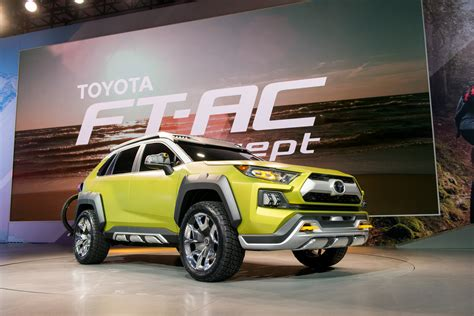Toyota Upcoming Suv 2020 by Toyota Ft Ac Road Concept Debuts At 2017 La Auto Show