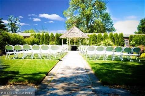 village green resort gardens wedding ceremony