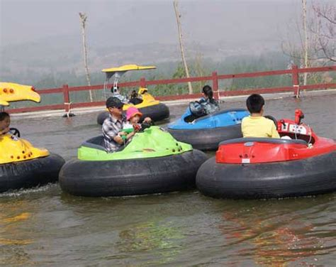 boat bumpers on sale cheap swimming pool bumper boats for sale from beston