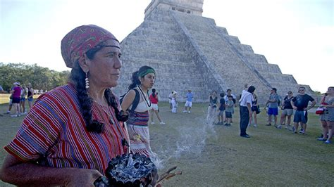 imagenes de personas mayas anclaje de luz rayma fin del calendario maya miles de