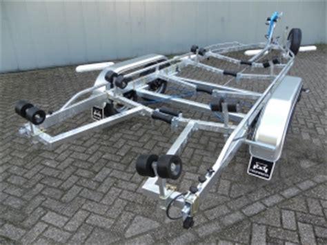 lichte boottrailer freewheel boottrailers