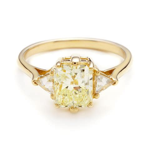 20 colourful engagement rings that are better than diamonds