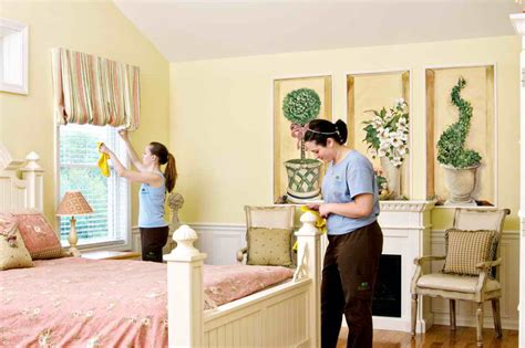 cleaning house bedroom bedroom spring cleaning tips bedroom cleaning