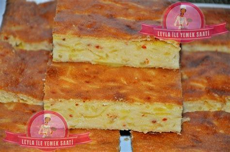 peynirli kek tuzlu kek tarifi mutfak srlar labne peynirli ve patatesli tuzlu kek tarifi leyla ile