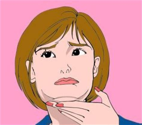 how to take attention away from chin tips to minimize the double chin