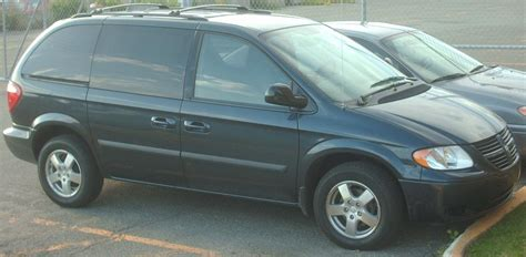 file dodge grand caravan sxt jpg wikimedia commons file 2007 dodge caravan sxt jpg wikimedia commons