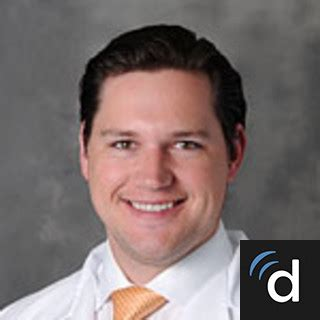 Wayne State Md Mba by Dr Nicholas Frisch Md Rochester Mi Orthopaedic Surgery