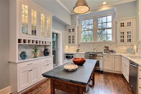 which kitchen cabinets are best best kitchen 2014 hgtv