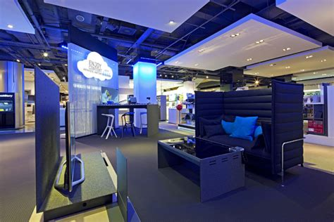 the home technology store samsung shop in shop at selfridges by dalziel and pow