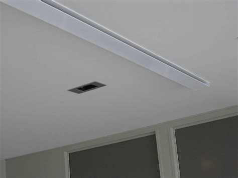 Ceiling Slot Diffuser by Ceiling Wash Slot Diffuser Holyoake Air Management Solutions