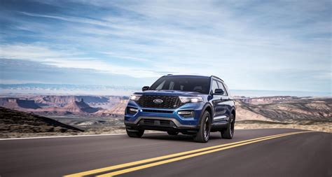 Ford Explorer St 2020 by Photos The 2020 Ford Explorer St And Explorer Hybrid
