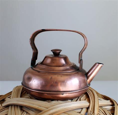 vintage 1930s small copper kettle kitchen home decor