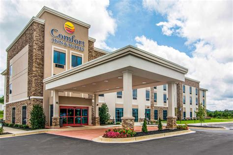 comfort inn georgia comfort inn suites in ellijay ga 30540