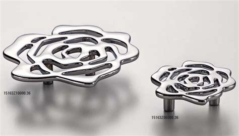 pomelli e maniglie per mobili maniglie per mobili pomelli per mobili ferramenta span 242