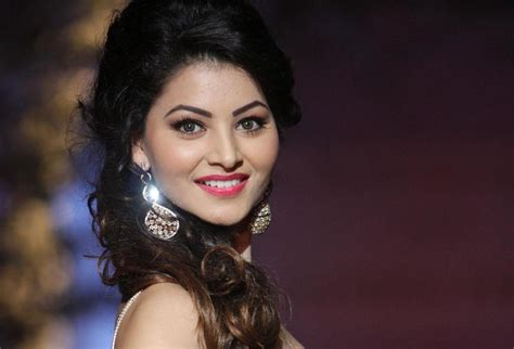 biography of urvashi rautela urvashi rautela biography wiki height age affairs fb
