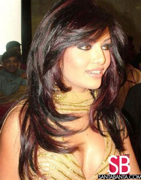pictuted of red highlights on dark hair with spiky cut dark brown hair red highlights