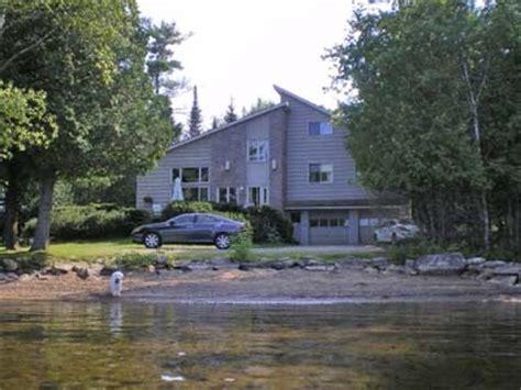 duck point all season cottage rentals halls lake