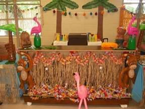 Tiki Hut Decoration Ideas Luau Diy Tiki Hut As Beverage Station Ideas