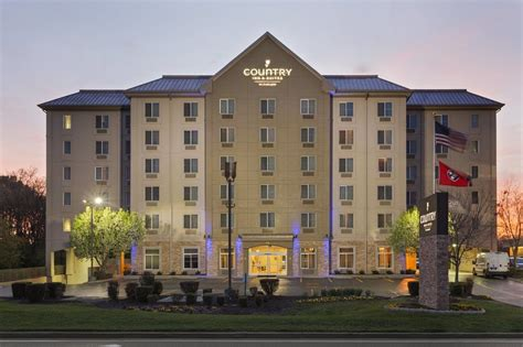hotels with in room nashville tn country inn suites by carlson nashville airport nashville usa expedia
