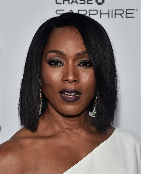 Angela Bassett Hairstyles by Angela Bassett Hairstyles Looks Stylebistro