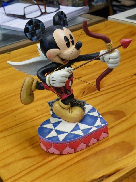 jim shore valentines day jim shore mickey mouse valentines day statue new