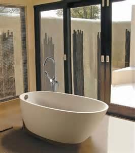 small freestanding bathtubs freestanding bathtubs small spaces ideas bathroom