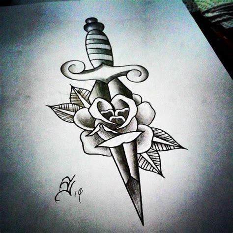 tattoo old school dagger old school knife tattoo s 246 k p 229 google tattoo