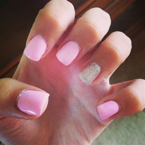 Gel Nails Light Pink With Silver Beauty Pinterest Light Nail Design