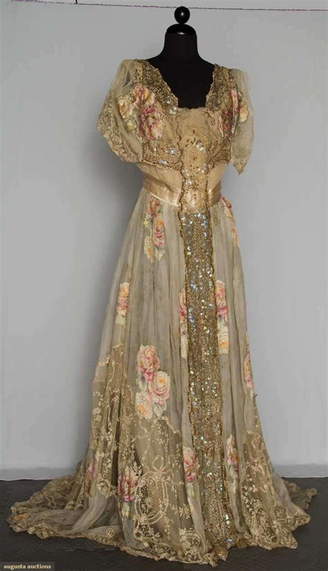 Adore Vintage Gorgeous Dresses And Vintage Couture Chic feminine and fancy the edwardian era