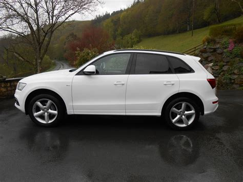 Audi Service Pack by Audi Q5 2 0 Tdi 177 S Line Car For Sale Llanidloes Powys