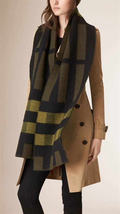 knitting pattern burberry scarf lyst burberry check wool cashmere blanket scarf in green