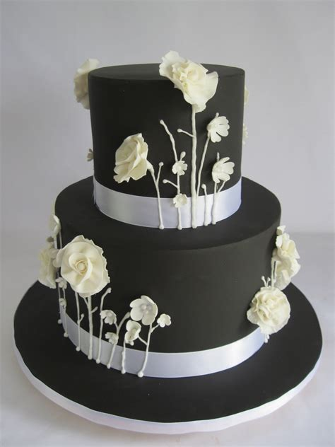 Black And White Wild Owers Cakecentral M