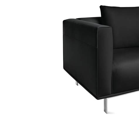 design within reach ls bilsby sectional with chaise in leather right sofas von